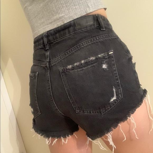🌻Garage High-Rise Black Denim Shorts